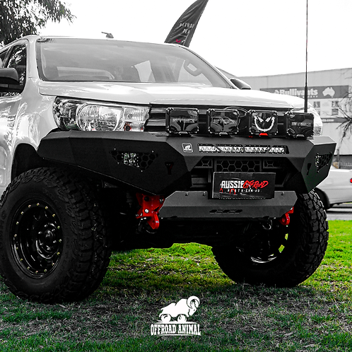 Offroad Animal Predator Bull Bar - Toyota Hilux (2015+)