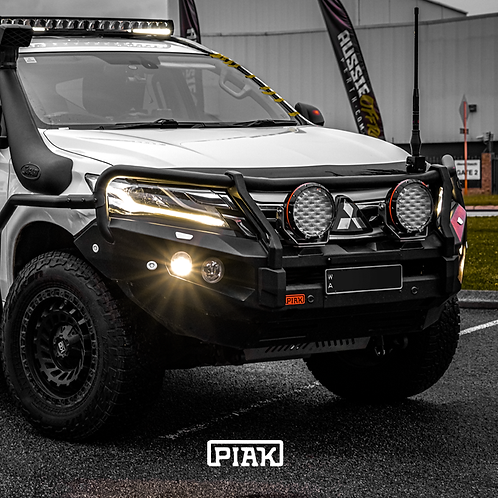 PIAK Elite 3 Loop Winch bar - Mitsubishi Pajero Sport QE (2016 - 2020)