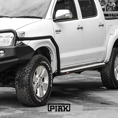 PIAK Side Steps & Rails - Toyota Hilux VIGO