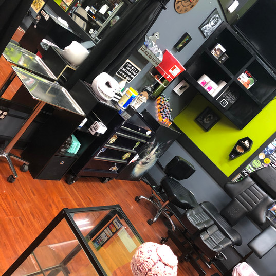 shop 11.jpg