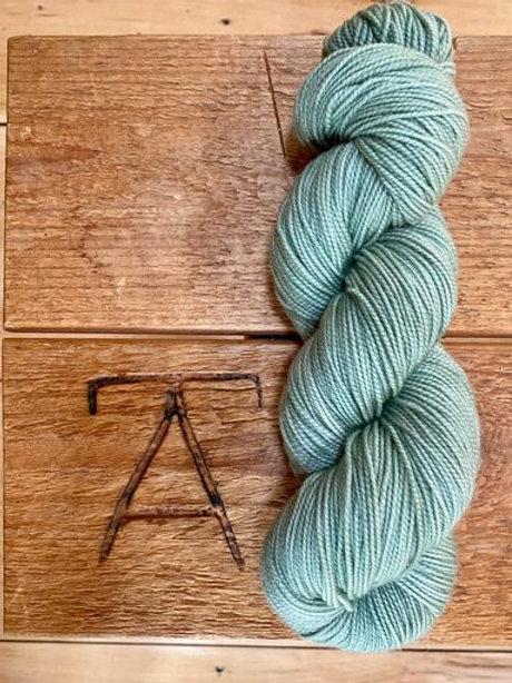 Fingering Yarn 2-Ply Sock Green Solid