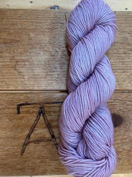 DK Yarn Pale Lavender Tonal