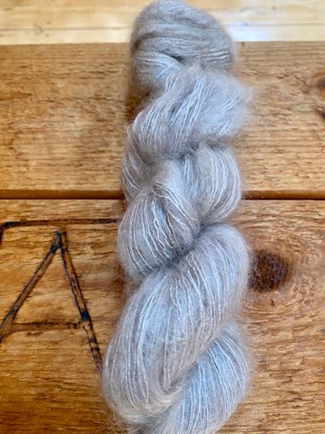 Mohair Silk Lace Yarn Light Grey
