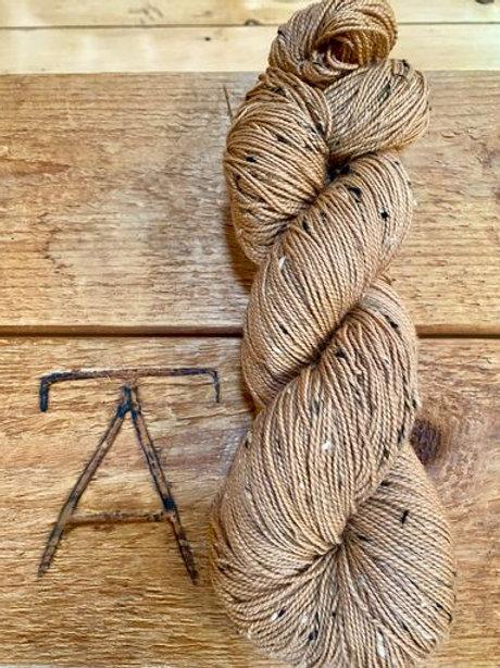 Fingering Yarn Tweed Coffee Brown Tonal