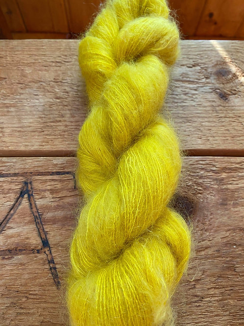 Mohair Silk Lace Yarn Gold