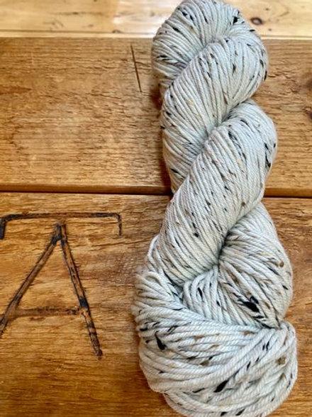DK Yarn Natural Cream Tweed Undyed