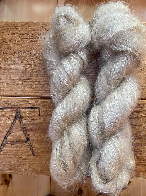 Mohair Silk Lace Yarn Tan