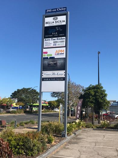 Roadside billboard/banner sign