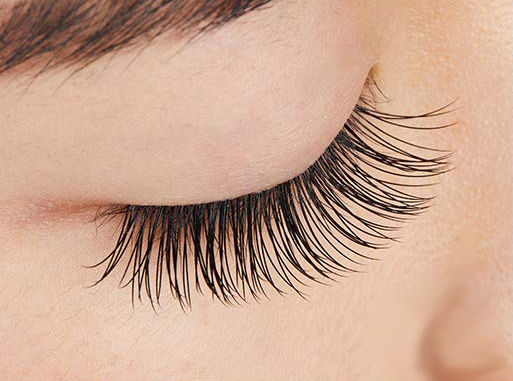 Natural Eye Lash Extensions