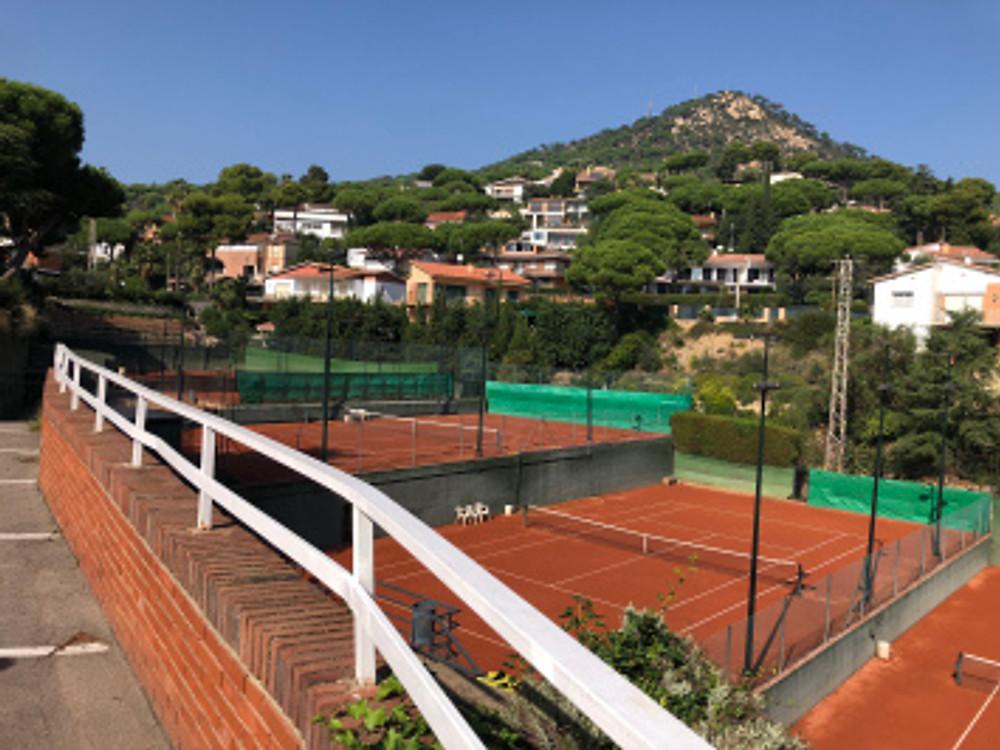 Club Tenis Cabril- Cabril, Spain - tennistravelsite.com