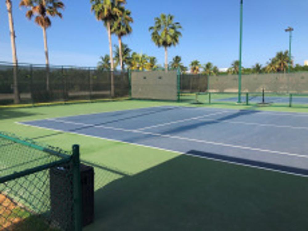 Grand Cayman tennis - tennistravelsite.com