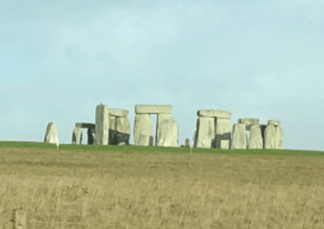 Stonehenge, United Kingdom - tennistravelsite.com