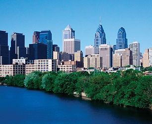 Philadelphia-foreground-Schuylkill-River