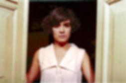 27a MARIA VENTANA-DESDE AFUERA WEB.jpg