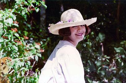 2c Maria rie rio sombrero WEB.jpg