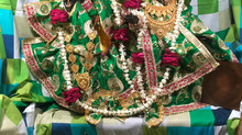 Shri Radha Kund Se Prakate Swayam Thakur - Gunjan Goswami
