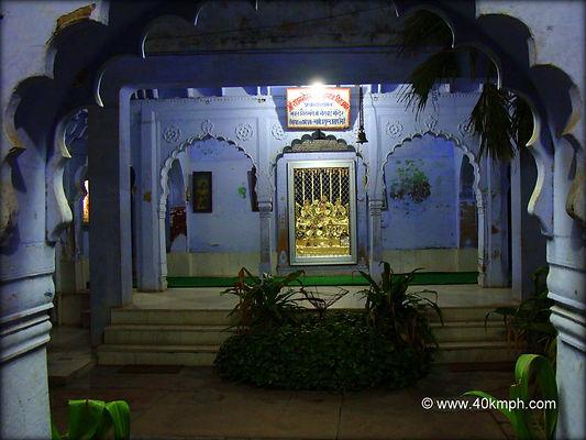 Bhakt-Shiromani-Shree-Meerabai-Temple-Vr