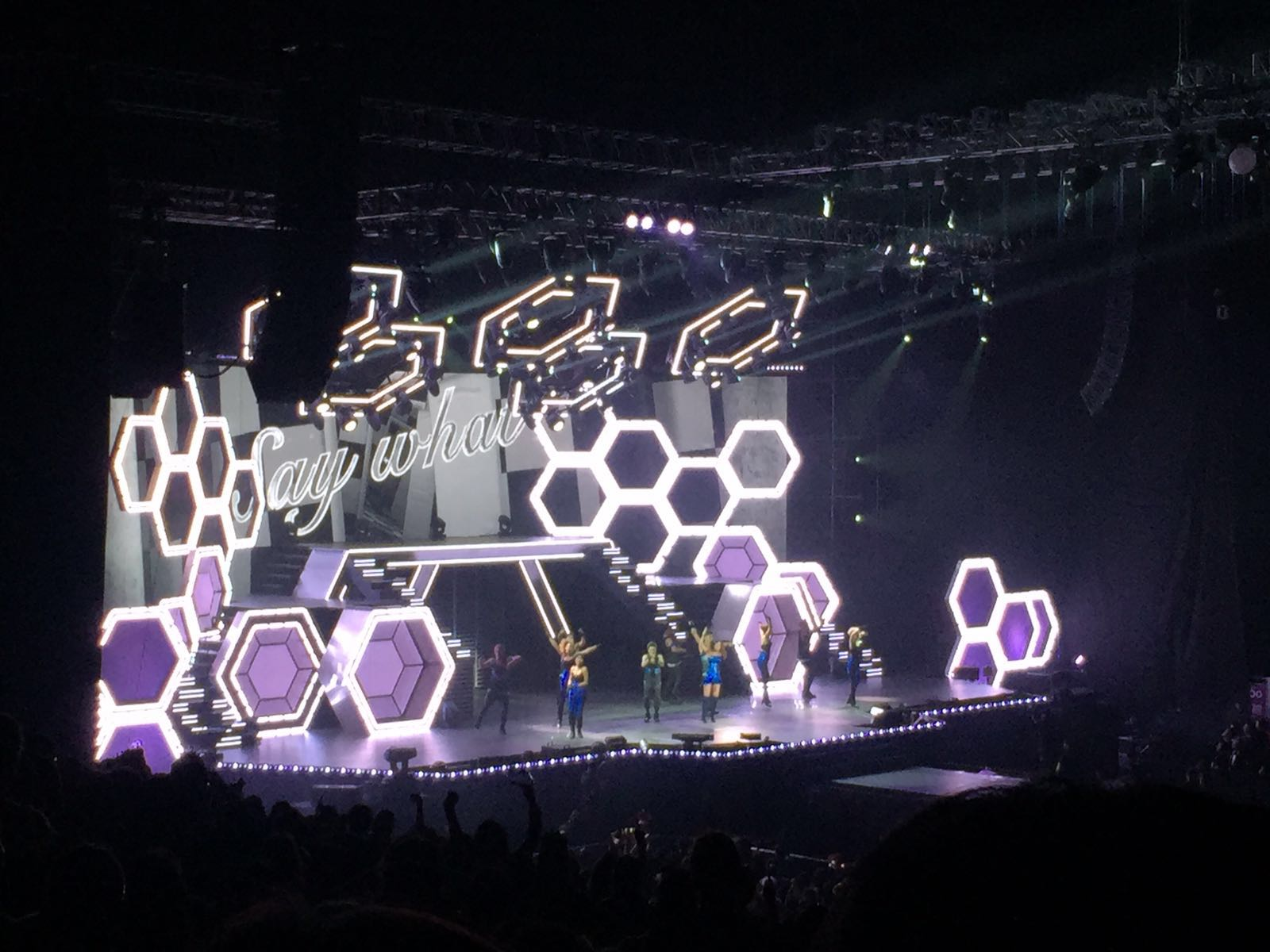 Namie amuro LIVE GENIC 2015-2016