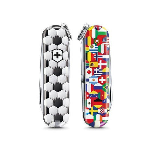 "VICTORINOX Classic Limited Edition 2020 ""World of Soccer"""