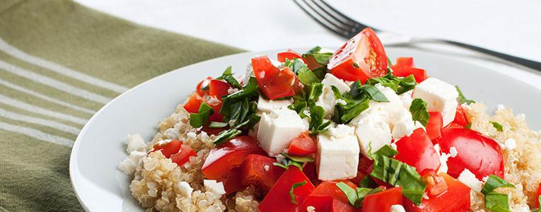 Salada-de-quinoa-tomate-e-mozzarella
