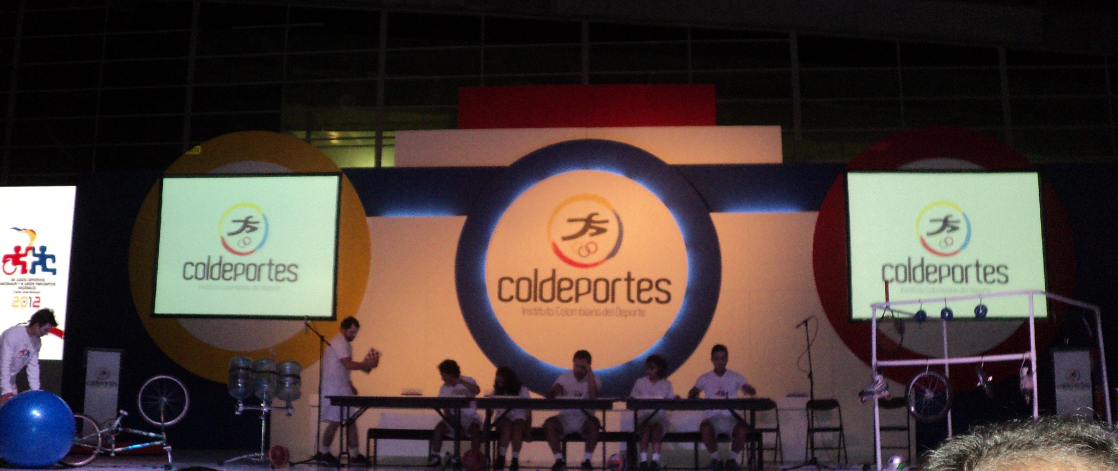 Lanzamiento juegos nacionales 2012