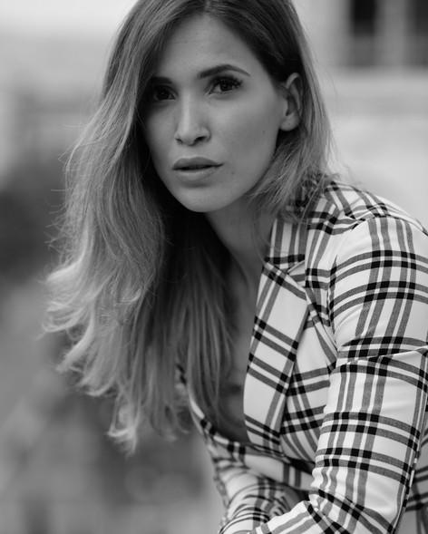 Nina Cherry French model