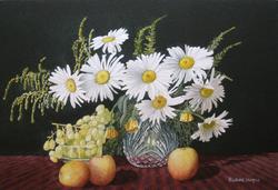 Daisy with fruit