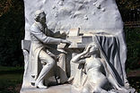 chopin_monument_piano_music_parc_monceau