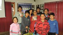 Alegre y emotivo lanzamiento del Libro en Puyuhuapi