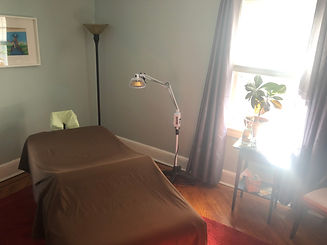 Blue Room.JPG, Blue Room, Willow Tree Acupuncture, Lynbrook, New York, Long Island, Acupuncture, Facial Rejuvenation, Gua Sha, Japanese, Chinese, Qi, Pediatric Acupuncture, Cupping, Tui Na, Nutriton, Fertility, Counseling, Practioner, Safe, Willow Hammer, Willow Osborn, Sunrise Highway, Hewlett, South Valley Stream, Valley Stream