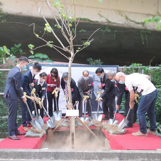 Tree planting ceremony to commemorate Dr Rob Sunderland   植樹儀式記念Dr Rob Sunderland