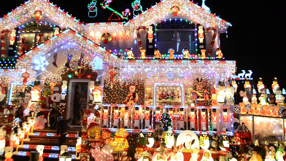 House with incredible number of Christmas lights