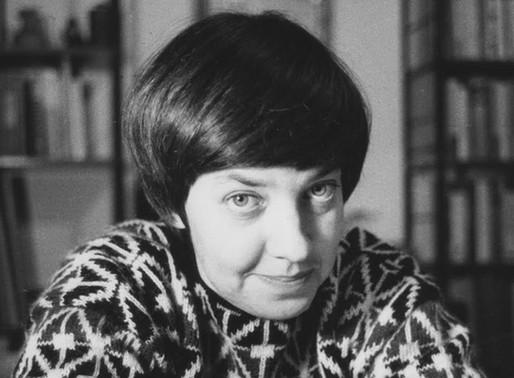 Se cumplieron 90 años del nacimiento de María Elena Walsh