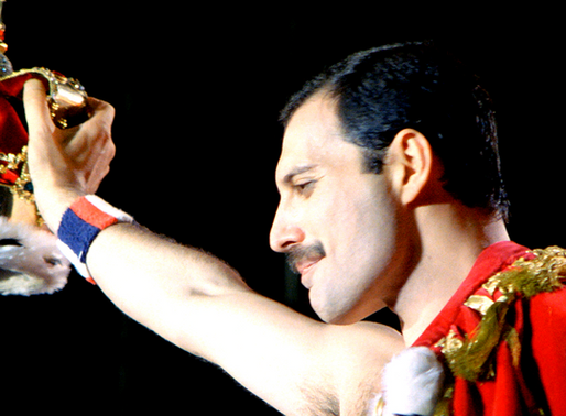 Freddie Mercury aún envía regalos navideños a su familia y amigos cada año