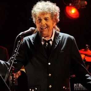 Bob Dylan sale en una nueva gira para presentar su último disco