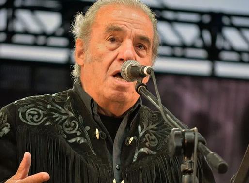 Falleció el musico y actor mexicano Óscar Chávez
