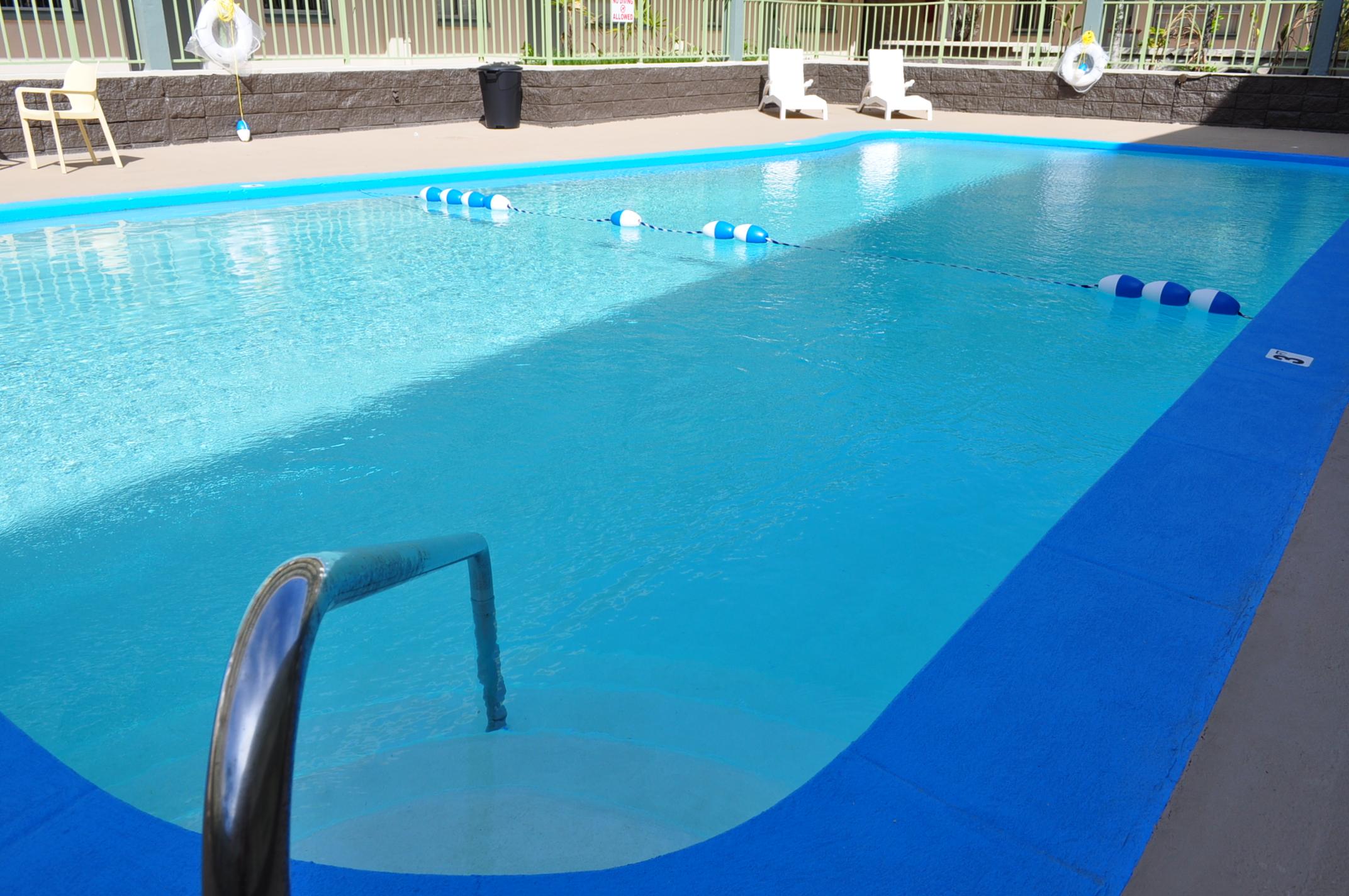 Mai'Ana pool