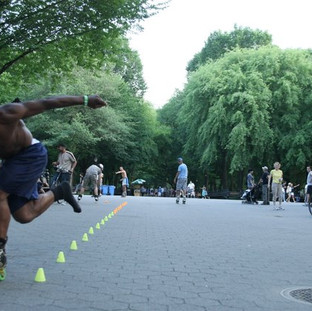 rollerblades at central park Arielzuk