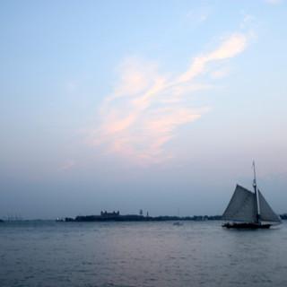 Sailboat at downtown Manhattan Arielzuk