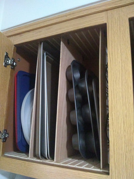 Kitchen Cupboard Pan Organizer