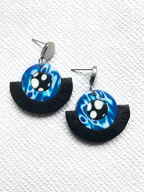 Blue and black marbled stud earrings