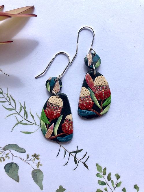 Banksia earrings - 4cm