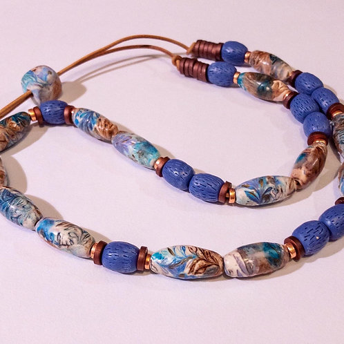 Floral handmade beaded necklace