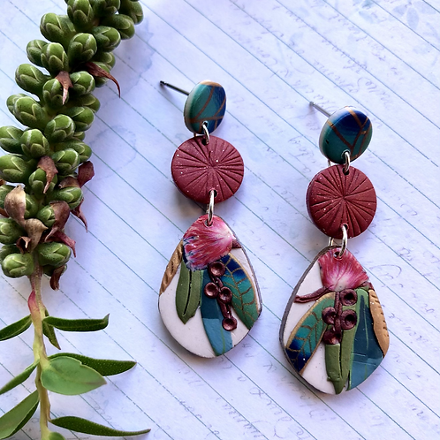 Gorgeous red native dangles
