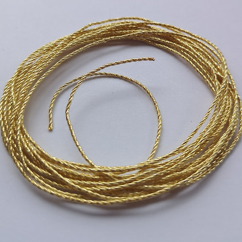 Gilt 1 1/2 Twist - Gold Thread