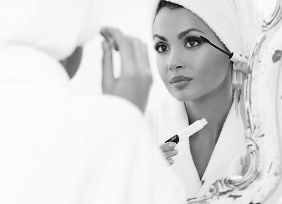 YUMI™  French Black Mascara aftercare