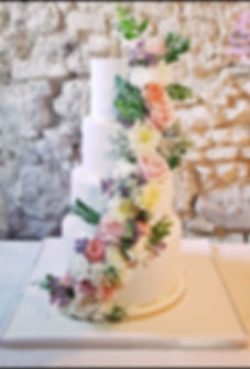 297_-_WEDDING_CAKE_FLOWERS__-_o_gourmand