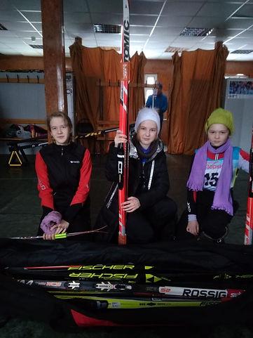 Наши лыжницы