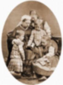 Королева Виктория с внуками.jpg