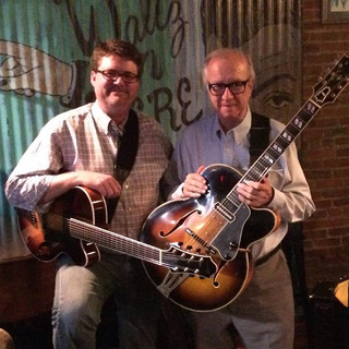 CH with Mr. Lloyd Wells.    (Yes, that is a '65 Super 400 7-string)
